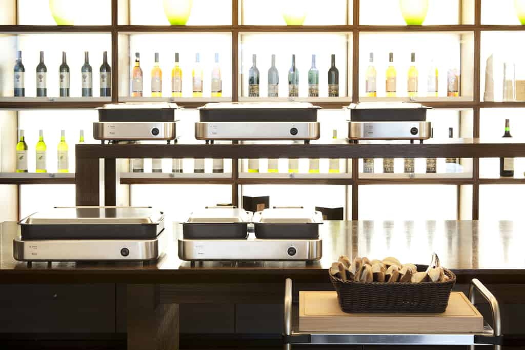 Stylish K-Pot buffet or assisted service offer