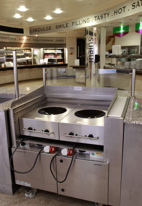 Rieber Varithek front cooking units face the customer