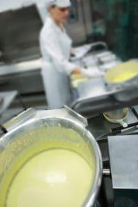Rhonnda cauli chse sauce gb 250 cleaned blur